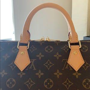 Louis Vuitton Bags - Authentic Louis Vuitton Speedy B 30